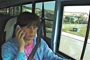 Do's and don'ts cell phone bus driver
